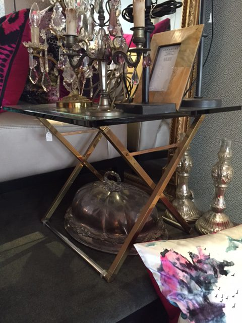 Ghyczy tafel 60/60/50 cm € 895